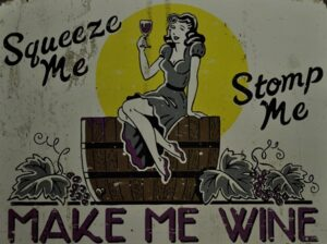 Stomp me squeeze me sign 1 s